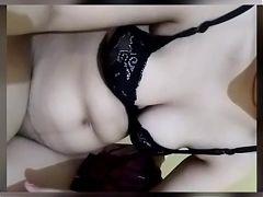 Desi girl Pihu's big boob